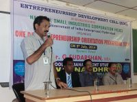 MBA_Hod_Dr.BVR_Naidu_Addressing_MBA_Students